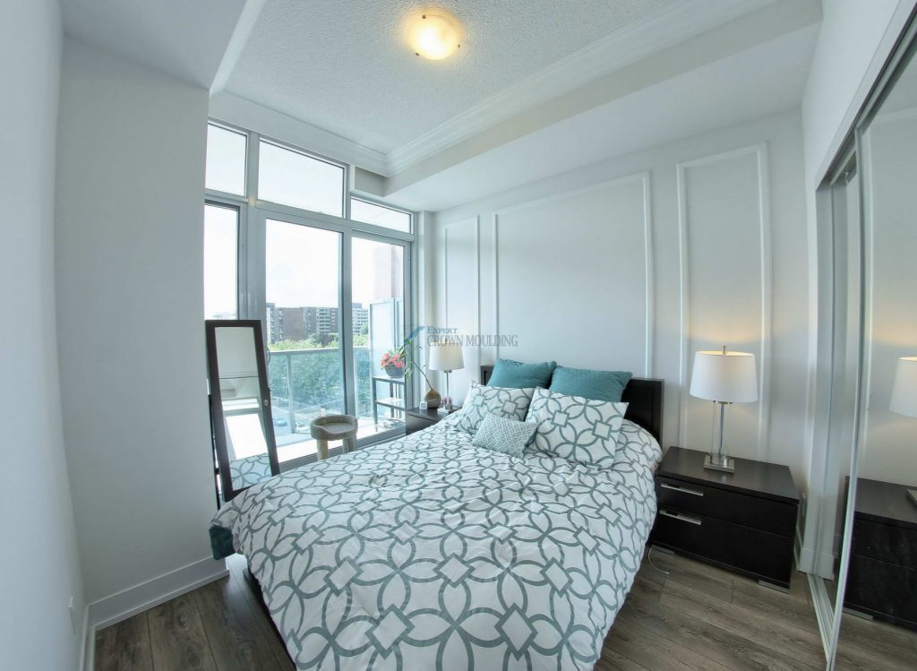 tray ceiling in a condo bedroom