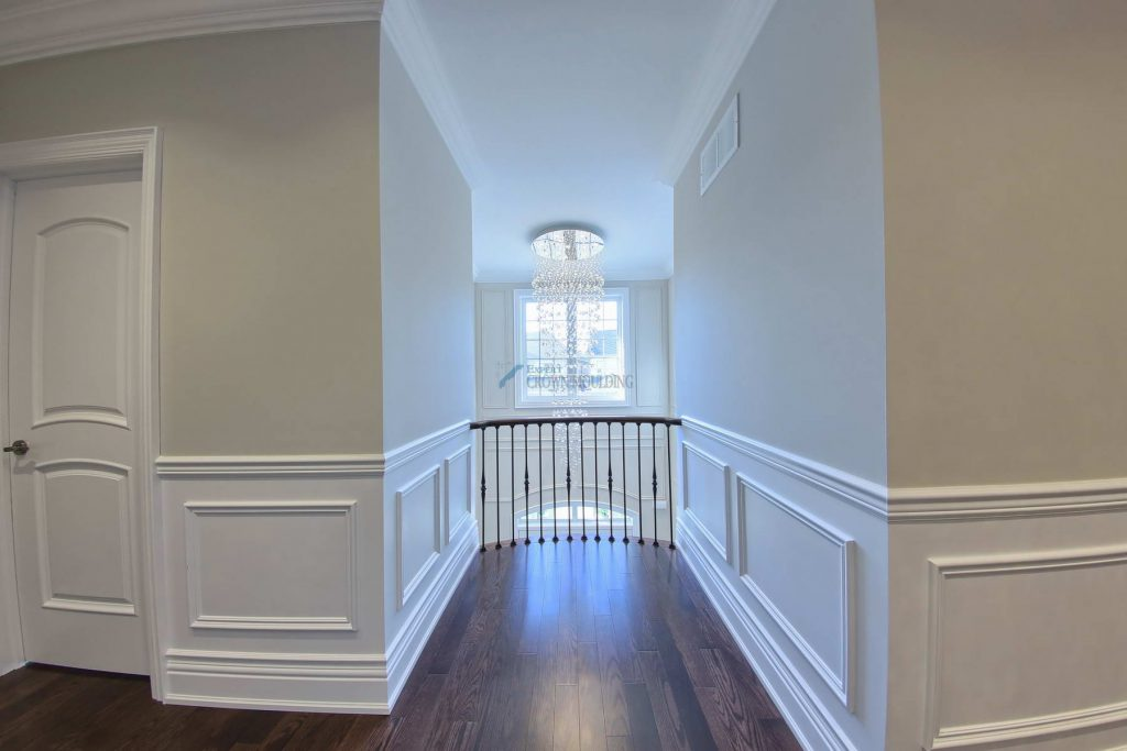 crown-moulding-and wainscoting in vaughan