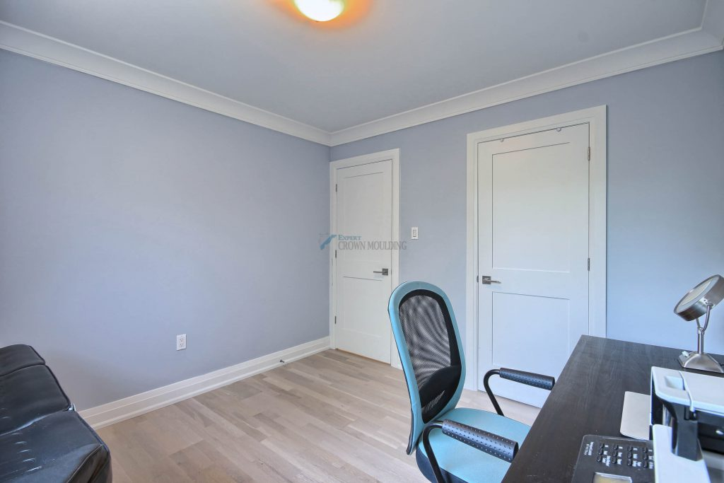 renovated home office crown moulding and baseboard