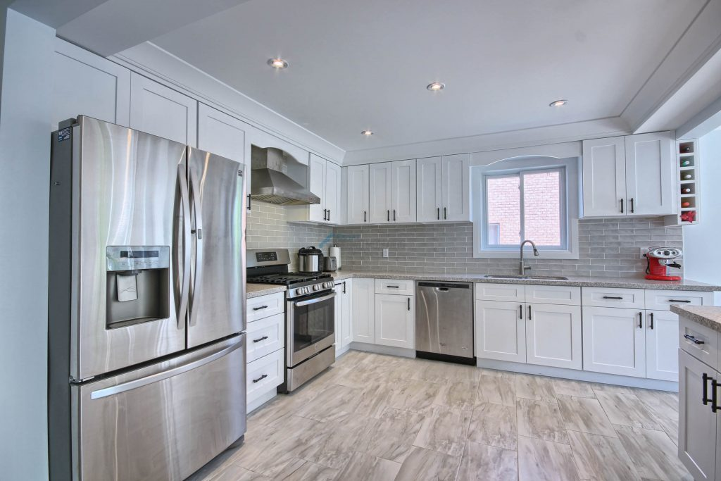 kitchen cabinets matching moulding