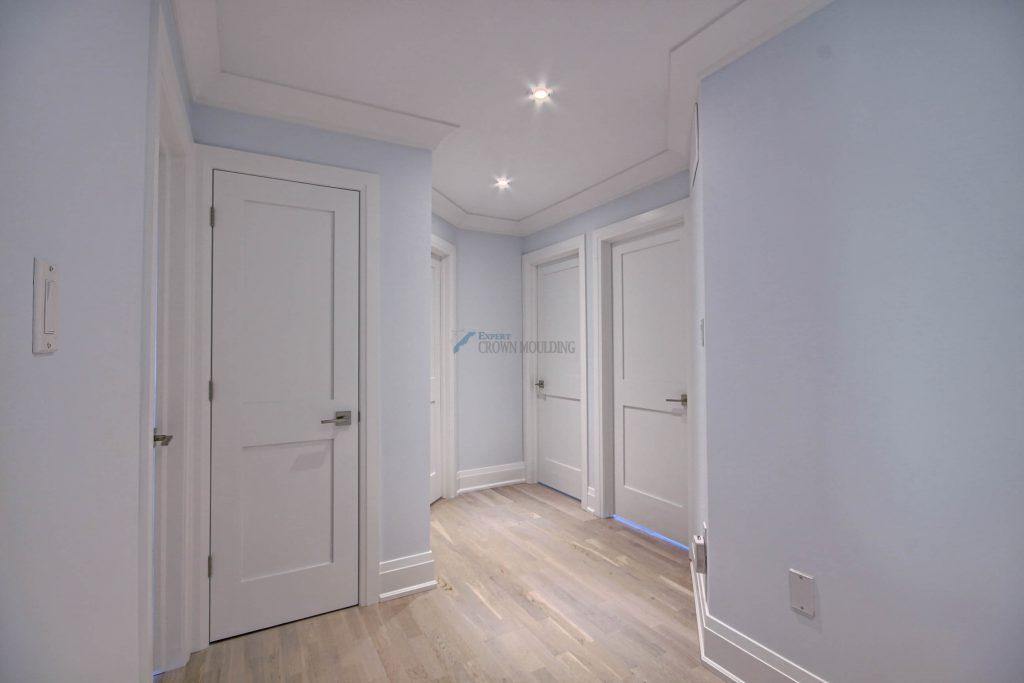 cornice mouldig ceiling with unique shape
